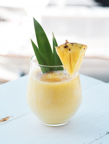 Ananas Smoothie aus dem Thermomix® - Photo by YesMore Content on Unsplash