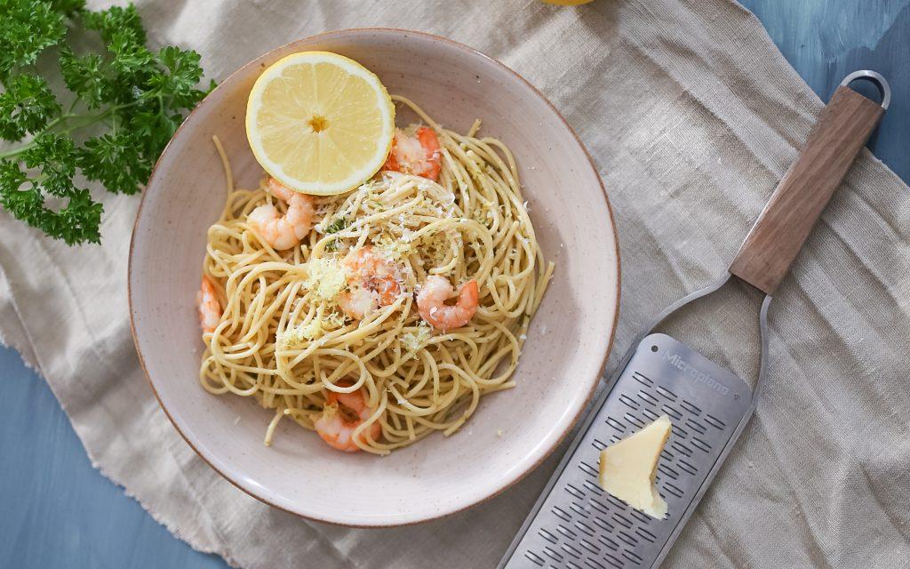 Spaghetti mit kalter Zitronensauce