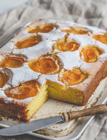 Aprikosen-Polenta-Auflauf ohne Zucker aus dem Thermomix®