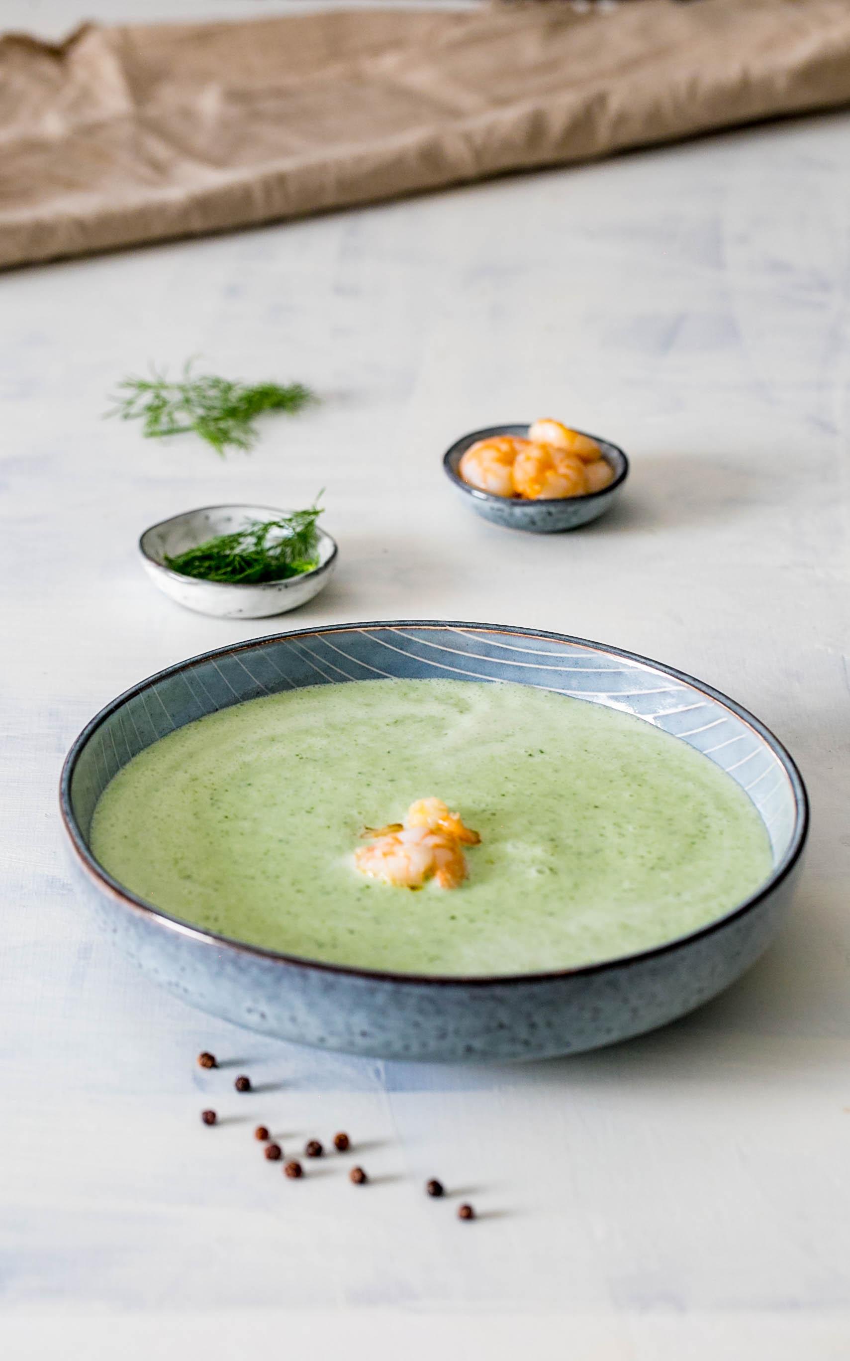 Erfrischende Joghurt-Gurken-Suppe