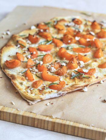 Süßer Flammkuchen mit Aprikosen aus dem Thermomix®