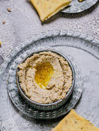 Hummus aus Sonnenblumenkernen mit Knoblauch aus dem Thermomix®