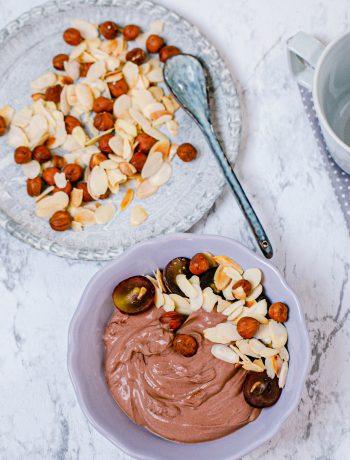 Schoko-Quark mit Mandeln und Nüssen aus dem Thermomix®