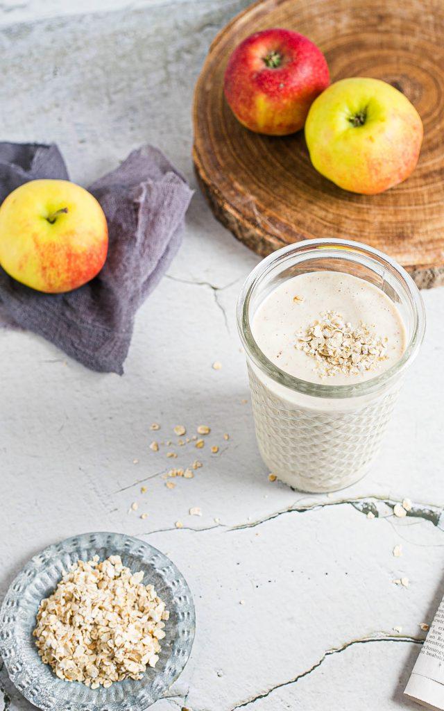 Apfelsmoothie mit Datteln und Skyr aus dem Thermomix®