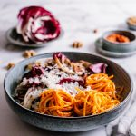 Vegetarische Pasta mit gebratenem Radicchio