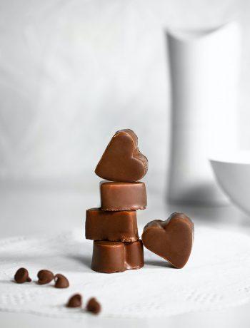 Schokolade ohne Zucker aus dem Thermomix® - Photo by Sara Cervera on Unsplash