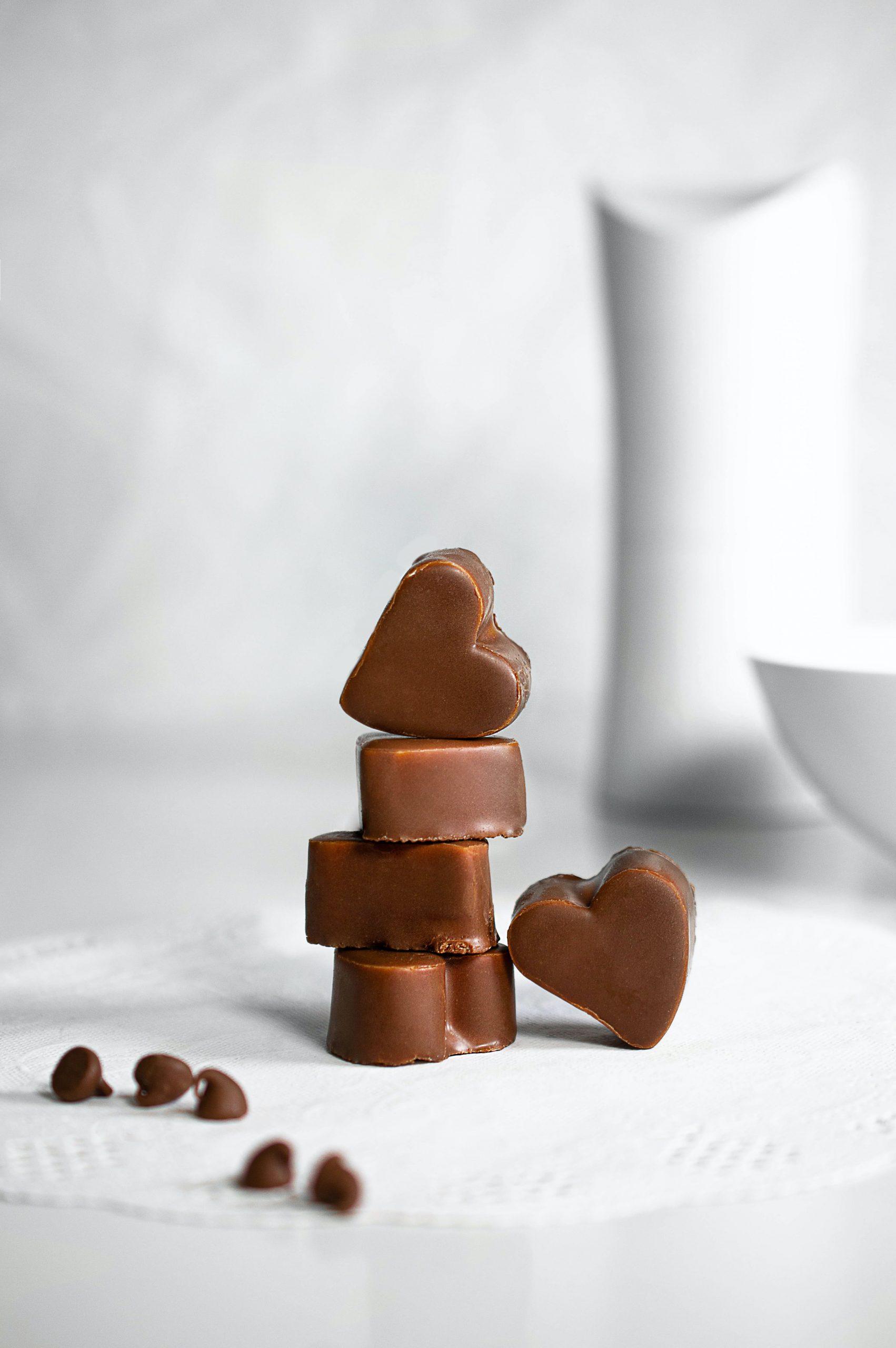 "Schokolade ohne Zucker aus dem Thermomix® - Photo by <a href=""https://unsplash.com/@saracervera?utm_source=unsplash&utm_medium=referral&utm_content=creditCopyText"">Sara Cervera</a> on <a href=""https://unsplash.com/s/photos/chocolate?utm_source=unsplash&utm_medium=referral&utm_content=creditCopyText"">Unsplash</a>"