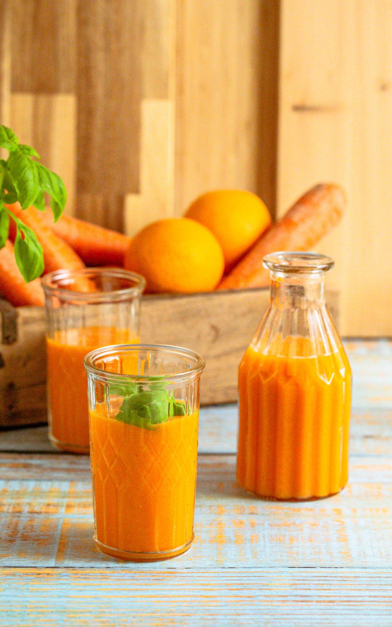 Möhren Smoothie mit Orangensaft